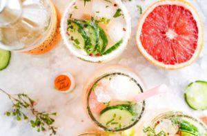 いろいろなお酒の飲み方写真。