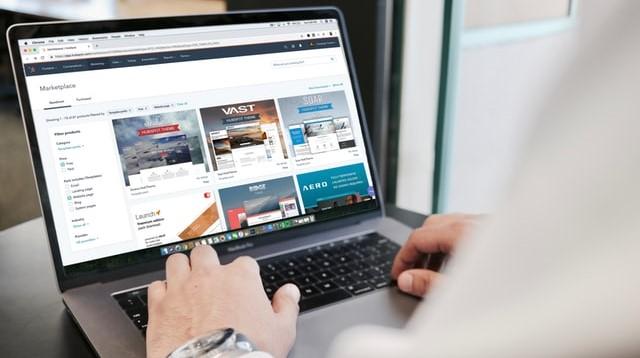 ネット通販の画像。
