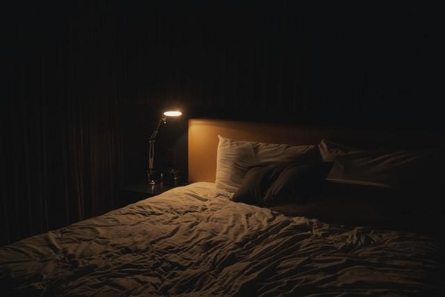 ベッドの画像。