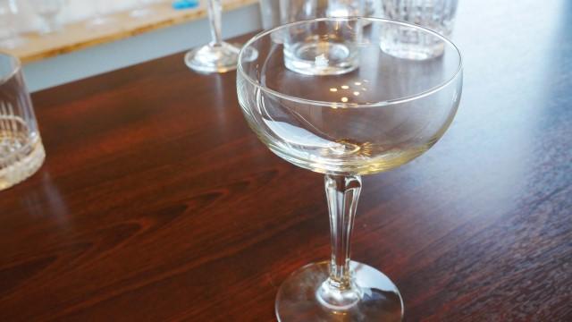 クープグラスの画像。