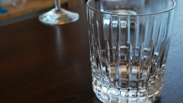 ロックグラスの画像。