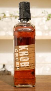 ノブクリークのボトル、側面の画像。