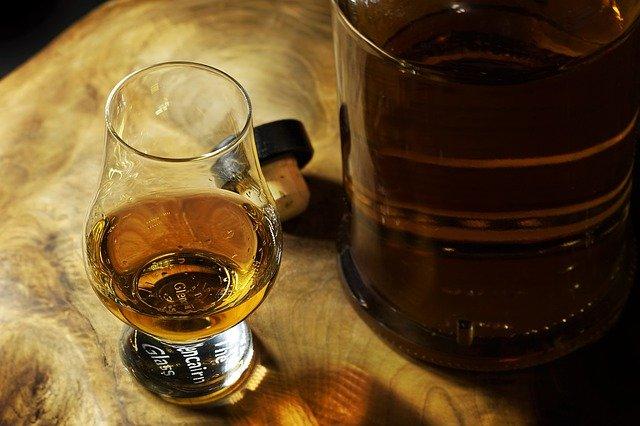 ウィスキーのイメージ画像。